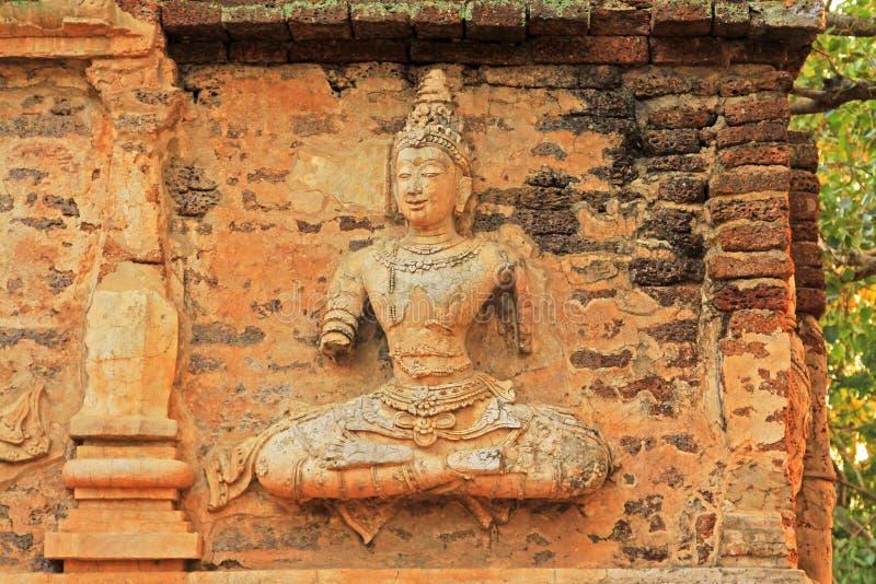 Buddhabild på Wat Jed Yod, Chiang Mai, Thailand royaltyfri fotografi