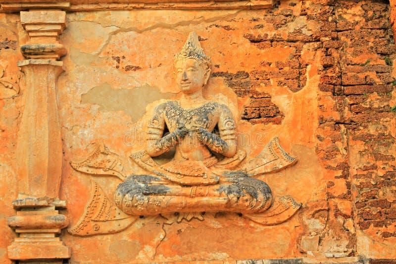 Buddhabild på Wat Jed Yod, Chiang Mai, Thailand royaltyfri foto
