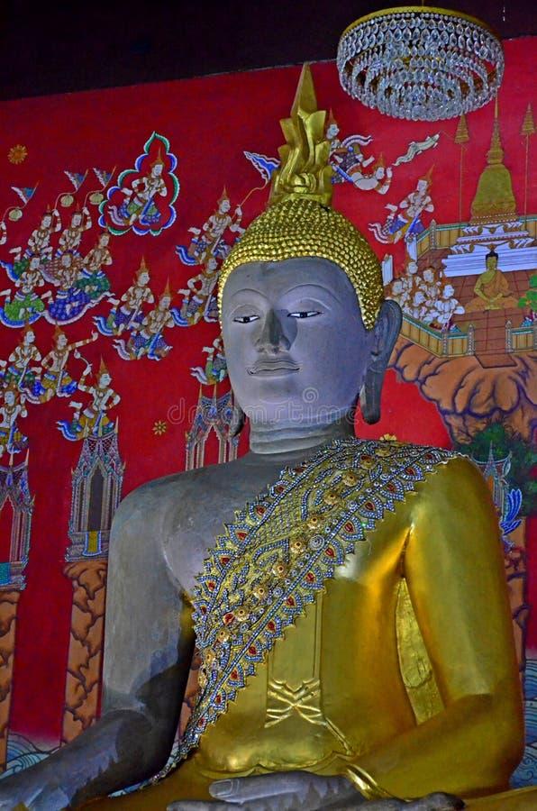 Buddhabilder på tempel i Ayutthaya, Thailand arkivfoto
