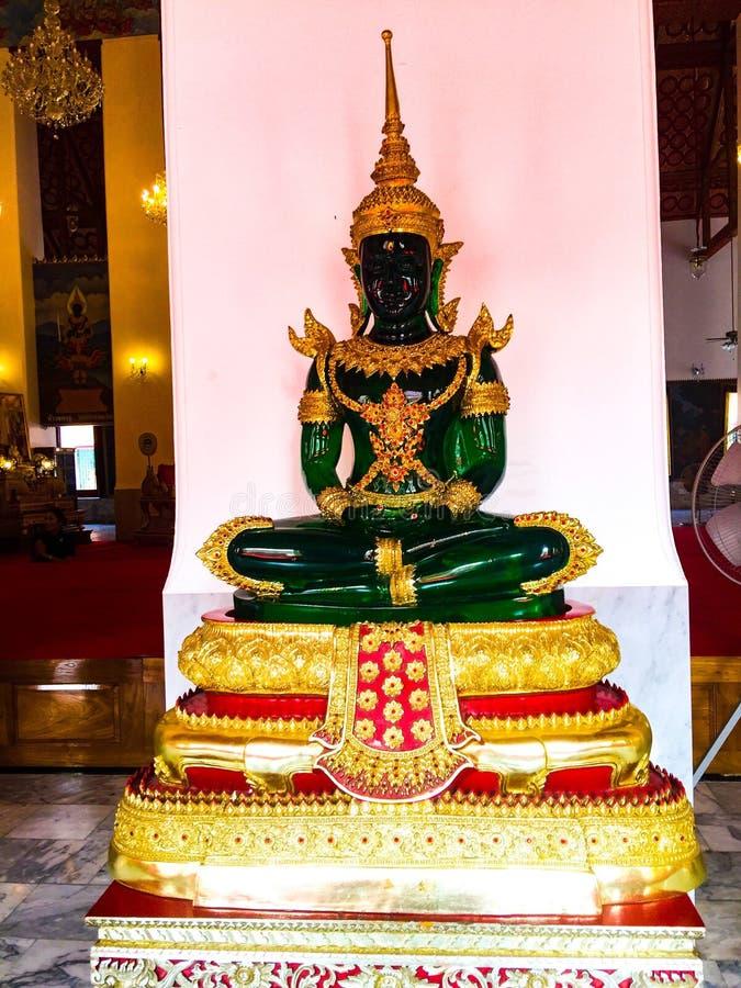 Buddhareligionfrihet av templet Thailand royaltyfri bild
