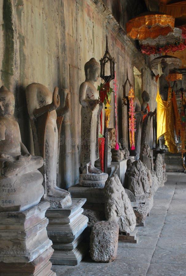 Buddhas en Angkor Wat fotografía de archivo