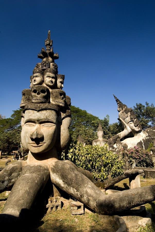 Buddhas - stationnement de Bouddha, Vientiane. Le Laos photos stock