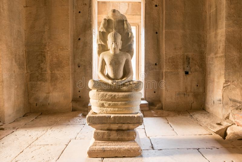 Buddhaskulptur, historiska Phimai parkerar, nakornratchasimaen, Thailand royaltyfria foton