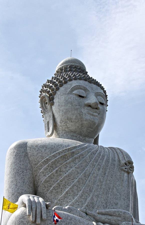 Buddhastaty i Phuket arkivfoton