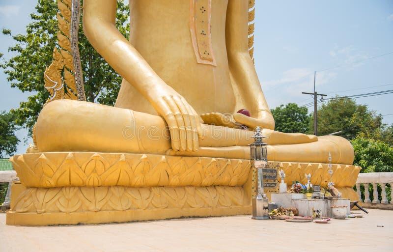 Buddhastatyhänder arkivbilder