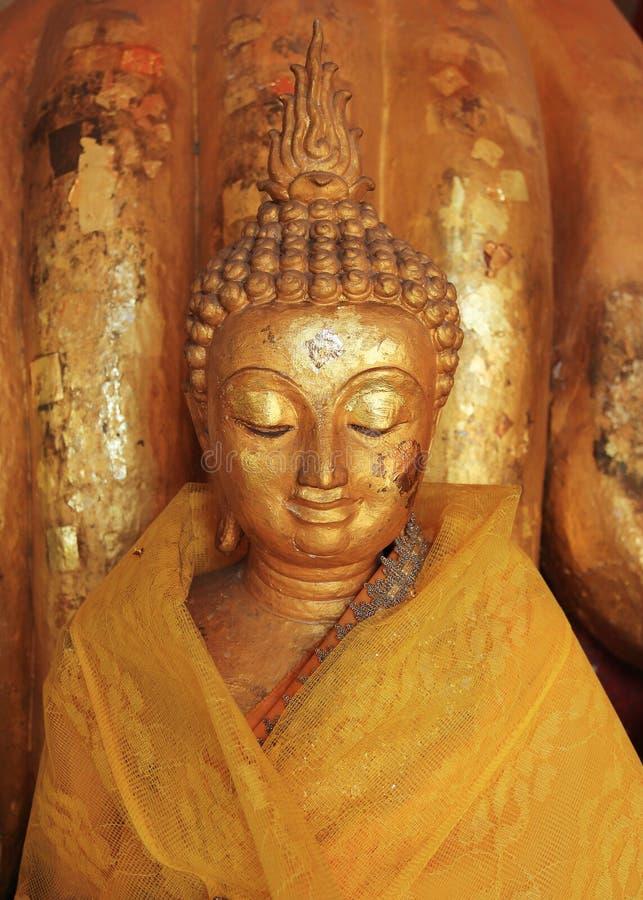 Buddhastatyskulptur royaltyfria foton