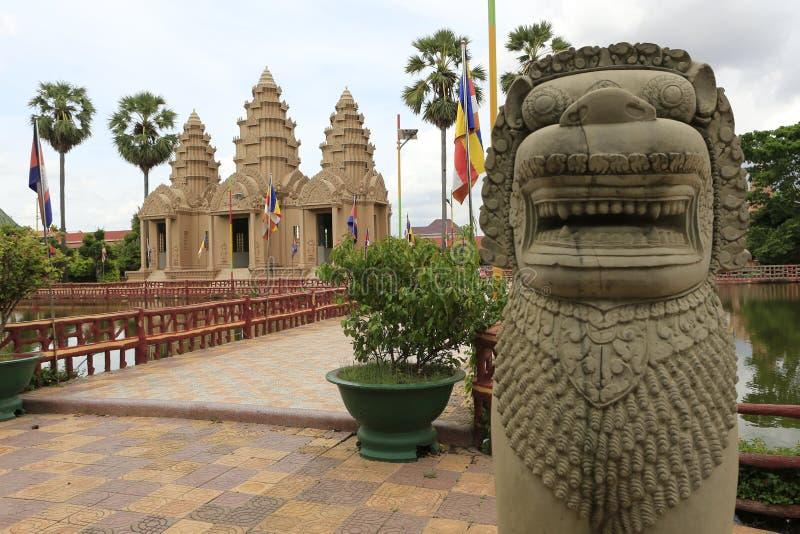 Buddhatempel Phnom Penh Cambodja arkivfoton