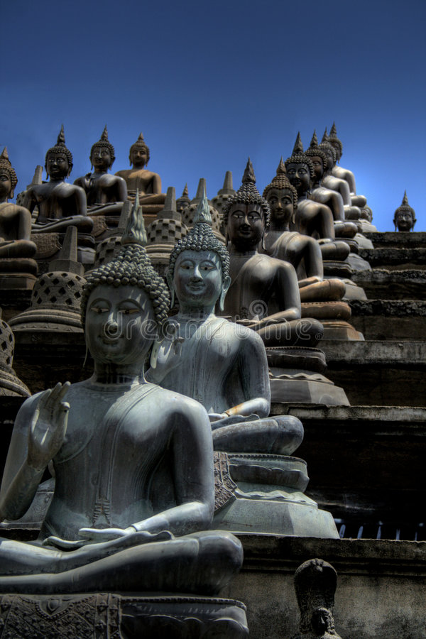 Buddhist temple in Sri Lanka. Gangaramaya Temple, Colombo is a large spiritual place in the centre of the city stock photos