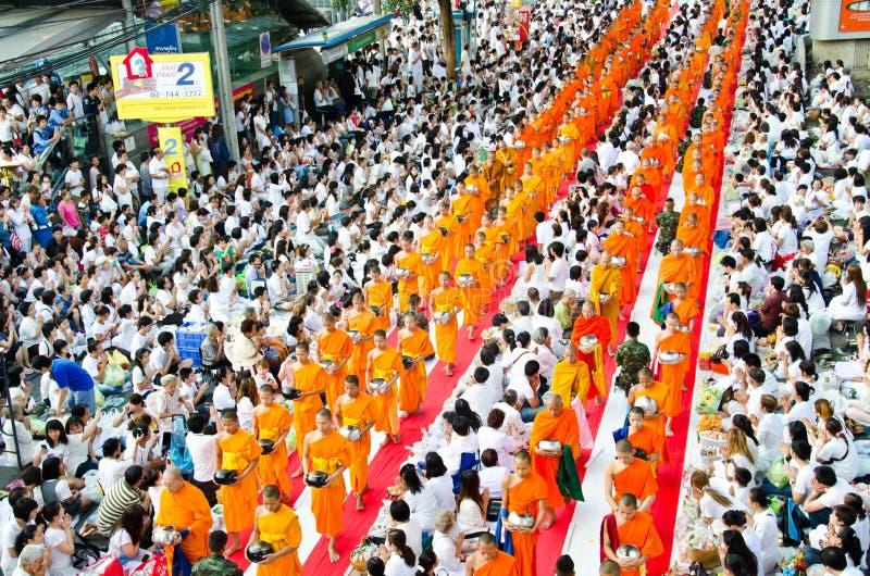 Buddhistische Nächstenliebe und Übertragungsgüte. stockfotografie