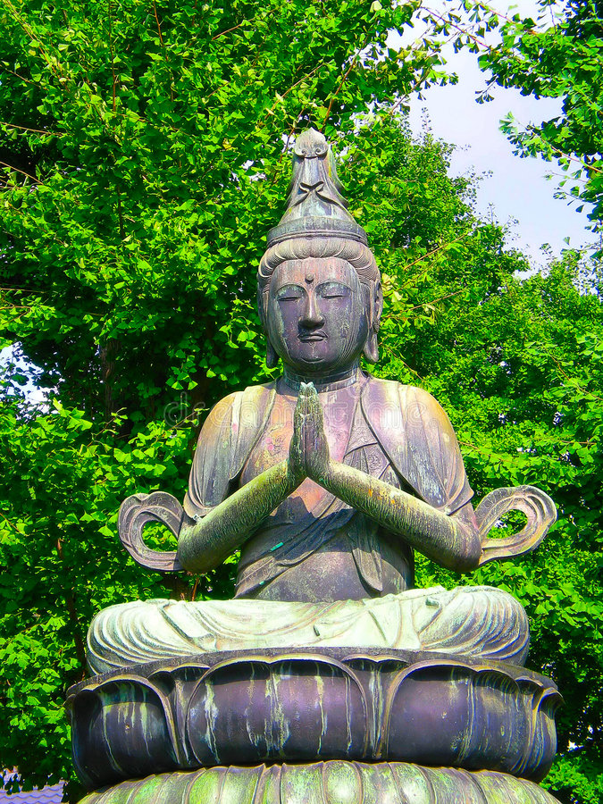 Buddhistische Statue in Asakusa stockfotos