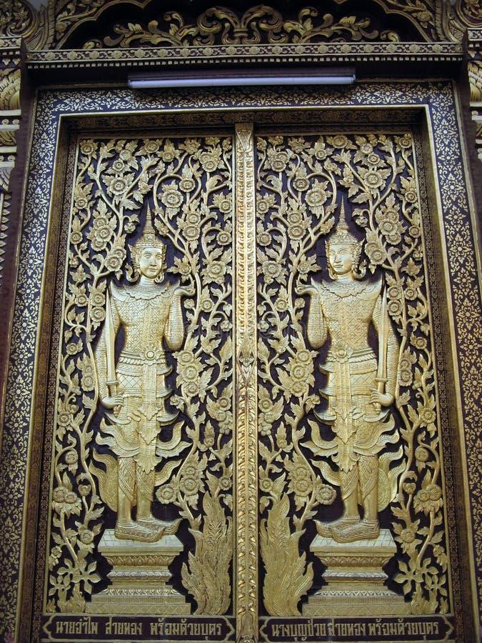 Buddhistische Türen stockfoto