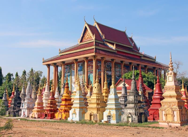 Buddhistischer Kirchhof in Kambodscha stockfoto