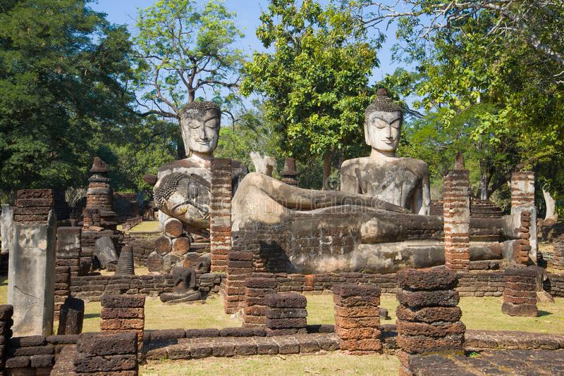 Buddhistischer Tempel Wat Phra Kaeo Kamphaeng Phet, Thailand lizenzfreies stockbild