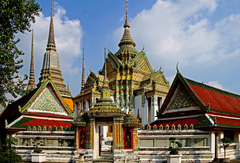 Buddhistisk Tempel in Bangkok lizenzfreie stockfotos