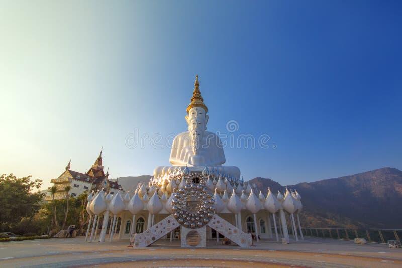 5 buddhists statua fotografia stock