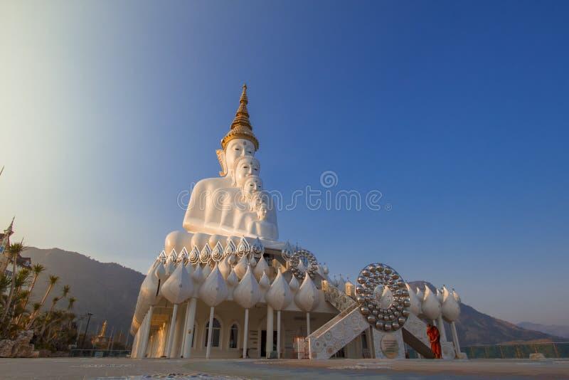 5 buddhists statua obrazy royalty free