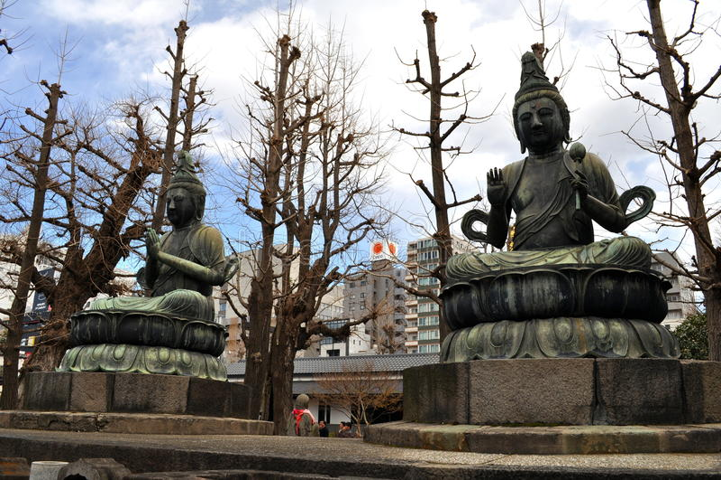 Buddist Statue at the Sensoji Temple in Tokyo royalty free stock image