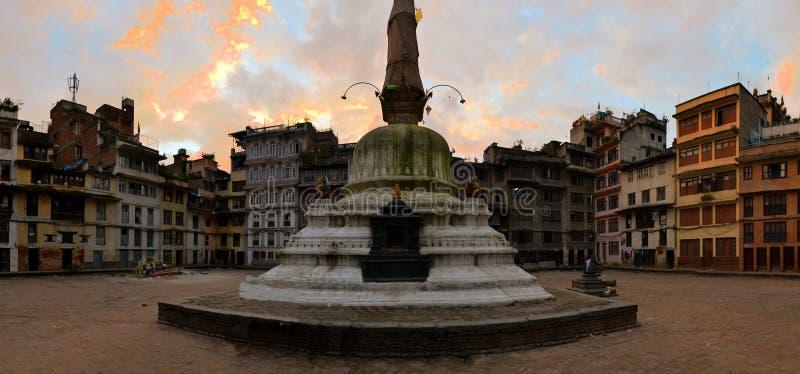 Buddist Stupa nära den Durbar fyrkanten, Katmandu arkivfoton