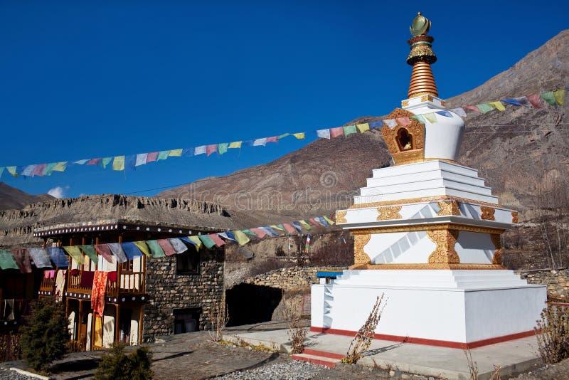 buddistisk gompa himalaya nepal arkivfoto