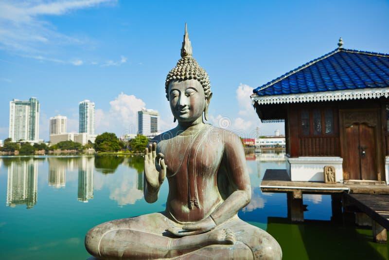Buddistisk tempel royaltyfria bilder
