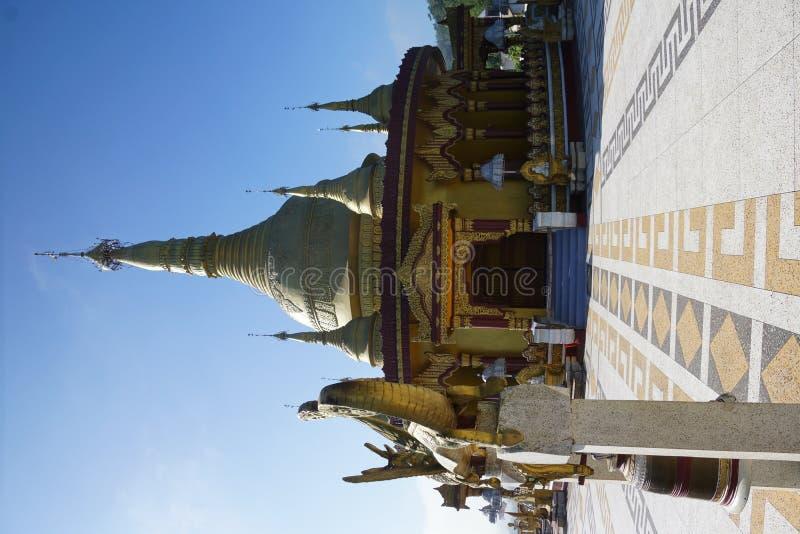Buddistisk tempel i Bangladesh arkivbild