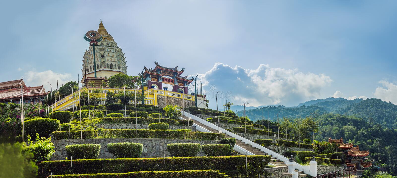 Buddistisk tempel Kek Lok Si i Penang, Malaysia, Georgetown arkivfoton