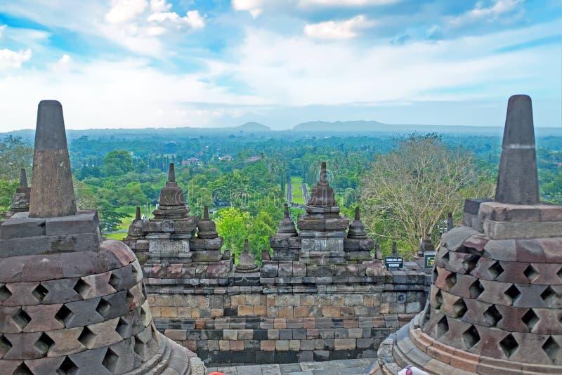 Buddisttempel Borobudur bij Zonsopgang wordt genomen die Yogyakarta, Indonesië stock fotografie