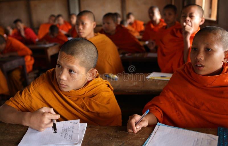 Buddyjscy nowicjuszi w Luang Prabang, Laos fotografia royalty free