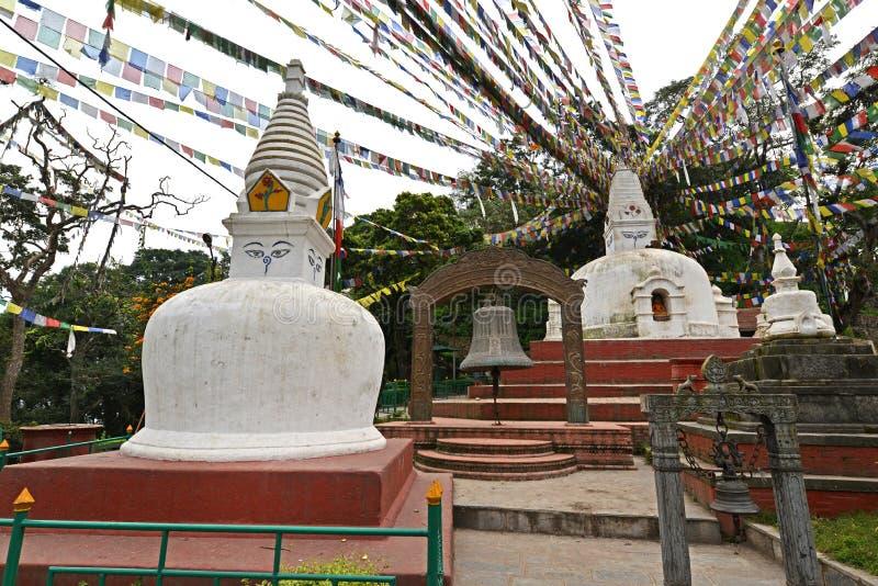 Buddyjska stupa z modlitwą zaznacza w Swayambhunath, Kathmandu, Ne obrazy royalty free