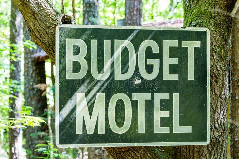 Budget-Motel-Zeichen lizenzfreies stockfoto