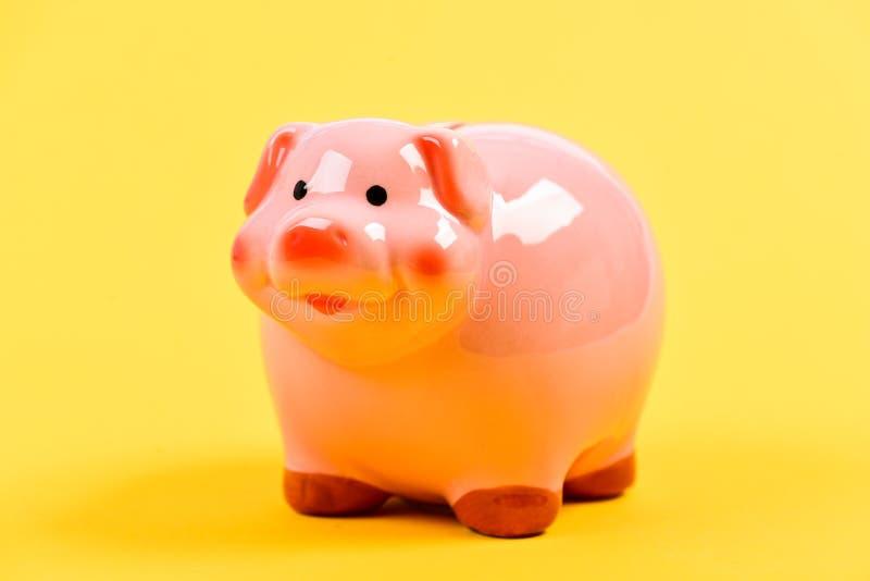 Budget personnel de comptabilité de comptable et de famille Symbole de tirelire de l'épargne d'argent Comment obtenir le faux liv image libre de droits