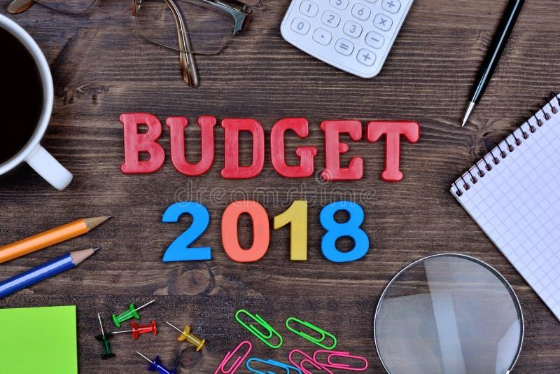 Budget 2018 sur la table image libre de droits