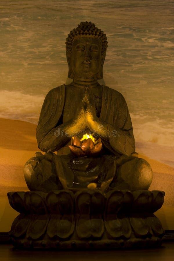 Budha in kuuroord royalty-vrije stock foto