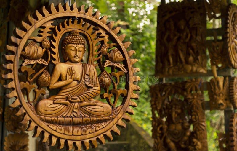 Budha na madeira cinzelada fotografia de stock royalty free