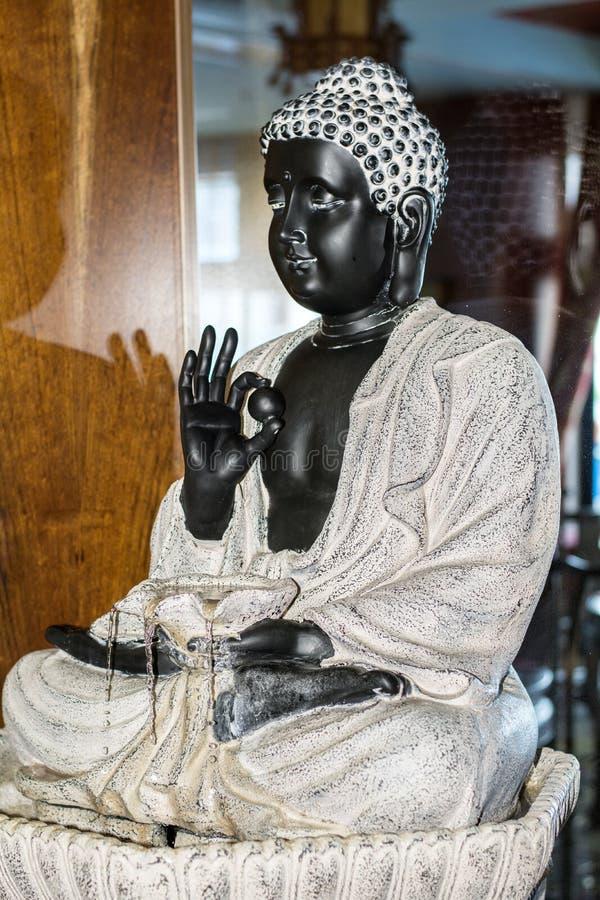 Budhastandbeeld royalty-vrije stock afbeeldingen