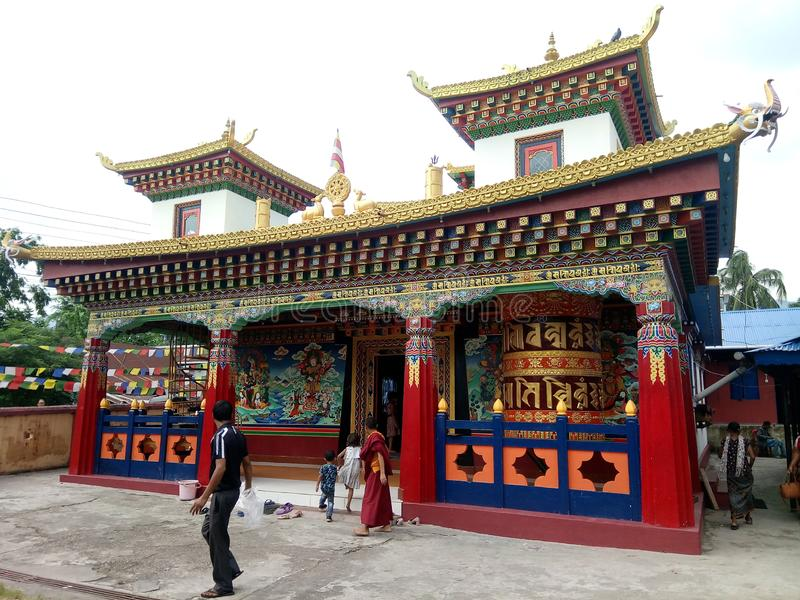 Budhiesst-templet i Dharan nepal royaltyfria foton
