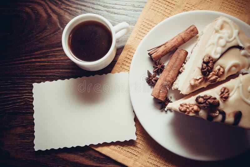 Budino di vaniglia con cannella fotografia stock