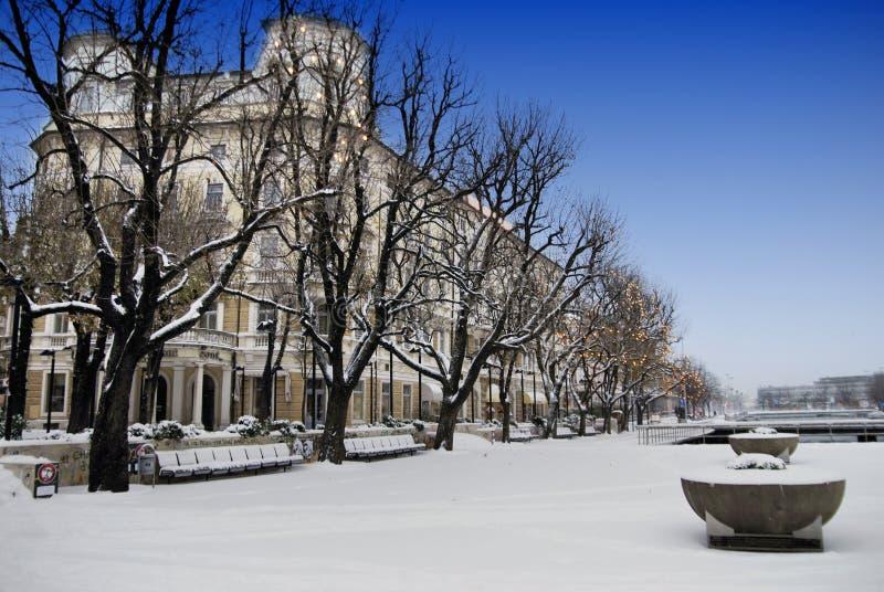 Budować Kontynentalny i Śnieżny w Rijeka, Chorwacja obrazy stock