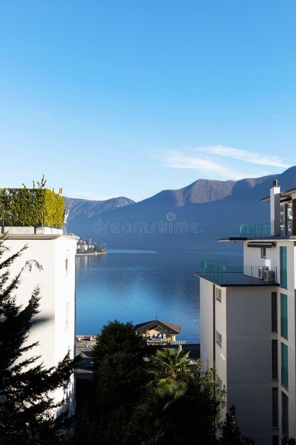 Budować na Lugano jeziorze obraz royalty free
