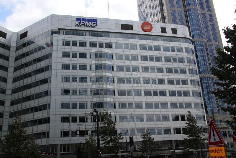 Budować na Weena w Rotterdam dokąd kierowniczy biuro Coolblue jest w holandiach zdjęcia royalty free