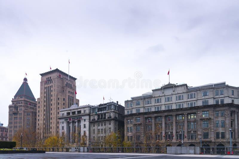 budować; porcelana; shanghai; widok; punkt zwrotny; podróż; architektura; bund; miasto; noc; chińczyk; pieniężny; pejzaż miejski; zdjęcia royalty free