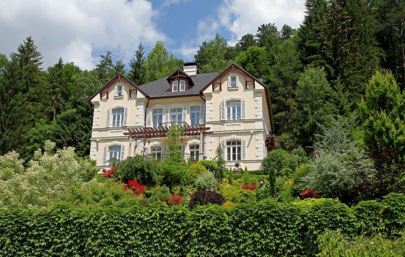 Budować w grodzkim Trencianske Teplice fotografia royalty free