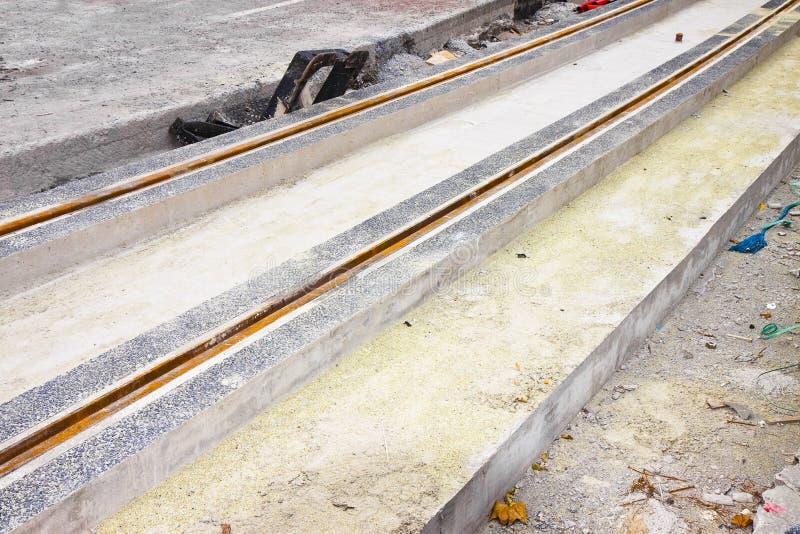 Budowa dla naprawia? drogowe i tramwajowe koleje w mie?cie zdjęcie royalty free