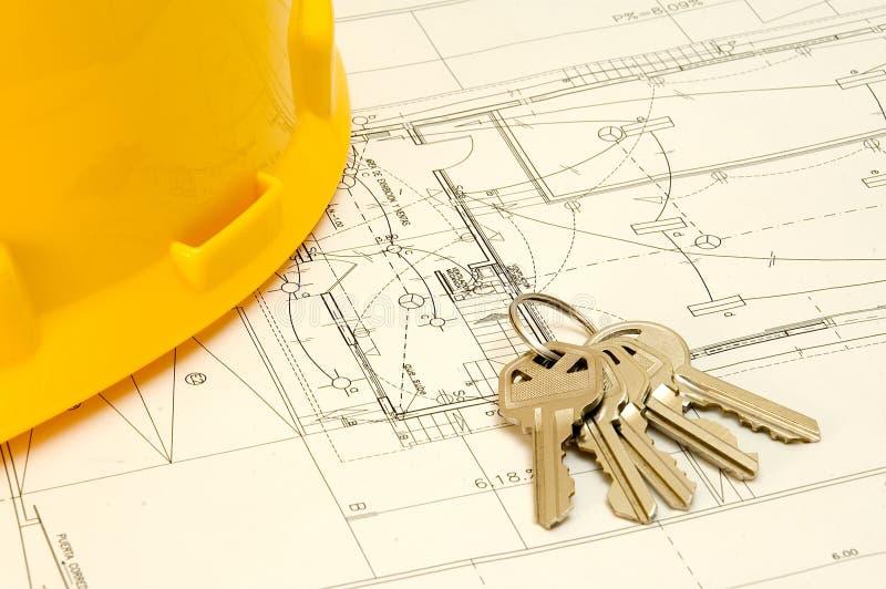 budowa kapeluszu klucze nad planem obrazy stock
