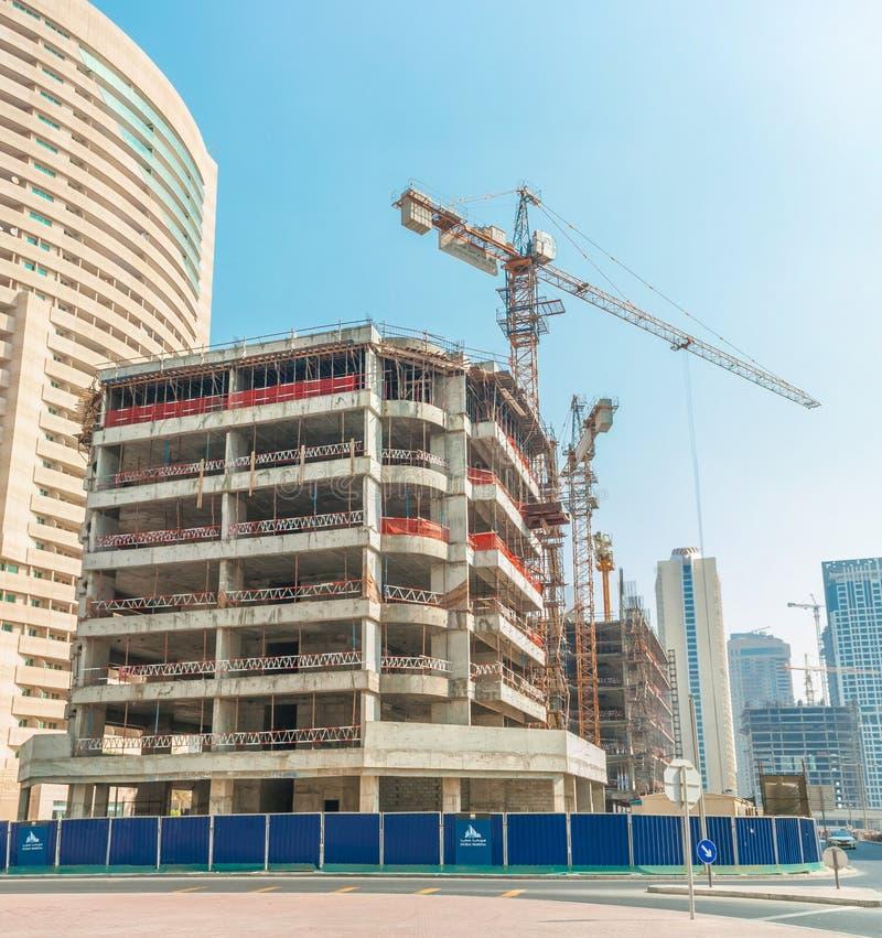 Budowa przy Dubaj Marina obraz royalty free