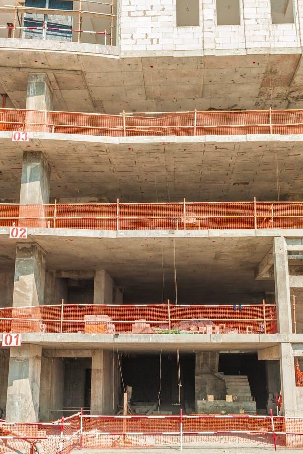 Budowa przy Dubaj Marina zdjęcia royalty free