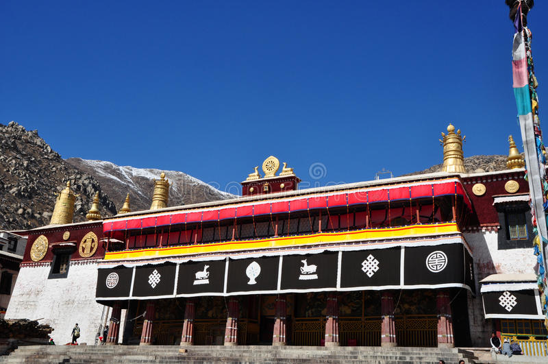 Download Budować W Drepung Monasterze Fotografia Editorial - Obraz złożonej z historyczny, buddhism: 53775587