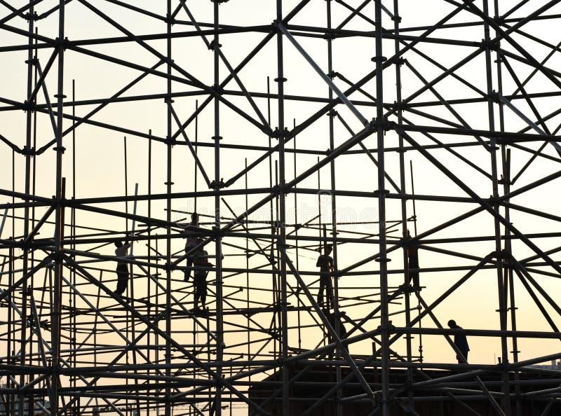 budowy rusztowania pracownicy obrazy stock