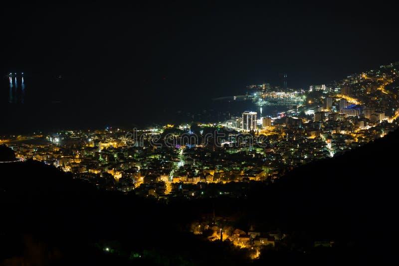 Budua alla notte, Montenegro immagine stock