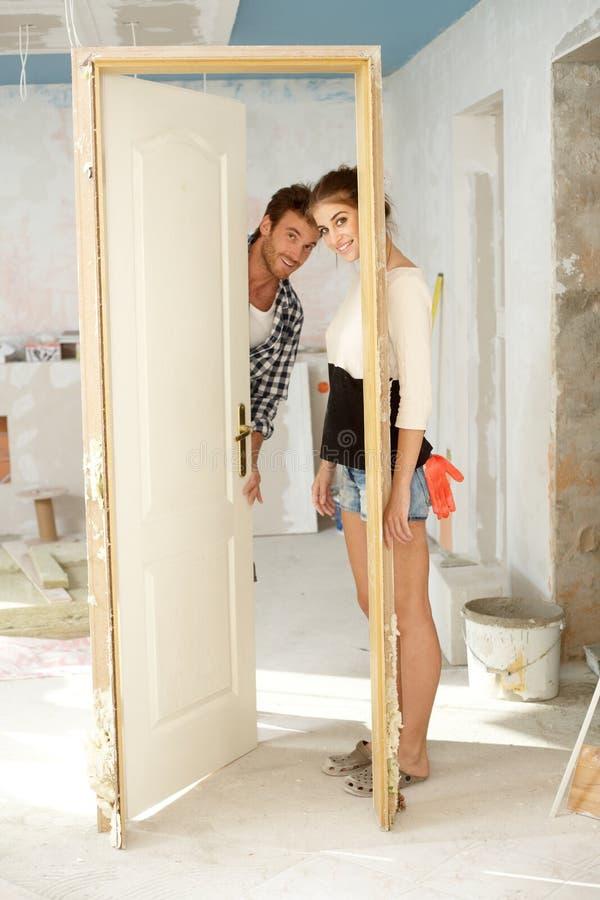 Buduje nowy dom obrazy stock